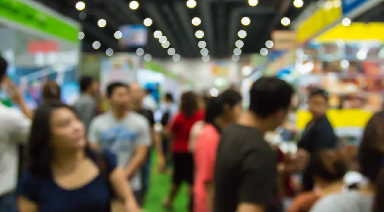 Tricks to get more visitors on your stand